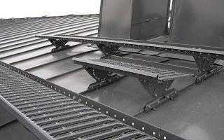 Как сделать складную лестницу на конек крыши — рассматриваем варианты