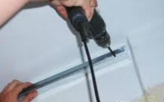 Пластиковый потолок своими руками — монтаж, инструкция