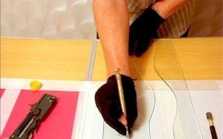 Стеклорез, какой лучше — выбираем оптимальный инструмент, каким легче резать