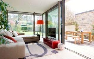 Раздвижные окна для террасы — особенности конструкции и рекомендации по выбору