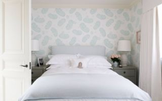 Какие обои выбрать в спальню — полезные советы