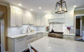 Потолок на кухне своими руками — 3 лучших варианта