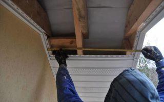Подшивка крыши софитом — как выполнить самостоятельно