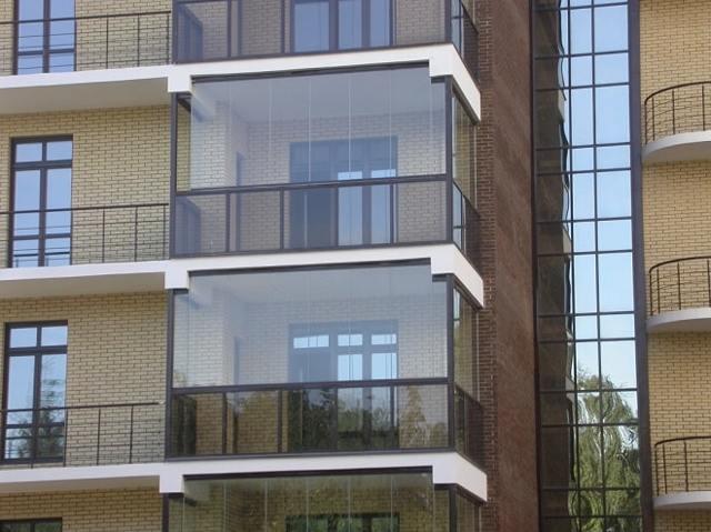 Остекление балкона своими руками - 2 варианта, инструкции
