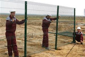 Металлический забор своими руками - пошаговая инструкция