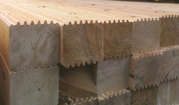 Что лучше брус или клееный брус - оцениваем качество материала