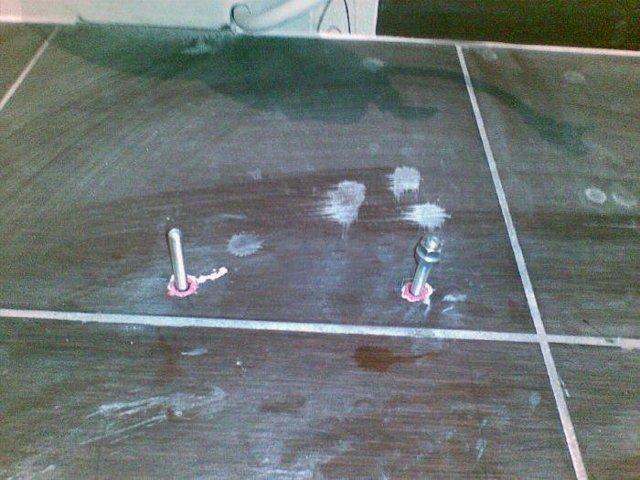 Как установить унитаз на плитку своими руками - иллюстрированая инструкция