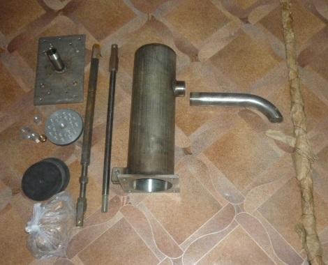 Ручной насос для воды из скважины - разновидности, устройство, основные правила применения