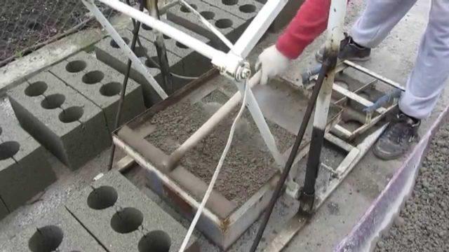 Изготовление шлакоблоков своими руками - 2 варианта, инструкция