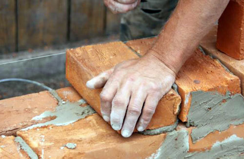 Цоколь из кирпича на ленточный фундамент - как выложить самостоятельно