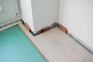 Укладка ламината на бетонный пол с подложкой - пошаговое руководство