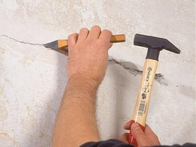 Шпаклевка стен под обои своими руками - пособие для начинающих