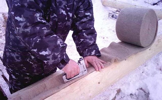Межвенцовый утеплитель для бруса какой выбрать - обзор материалов