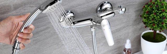 Смеситель для ванной с душем какой выбрать - разбираемся в нюансах