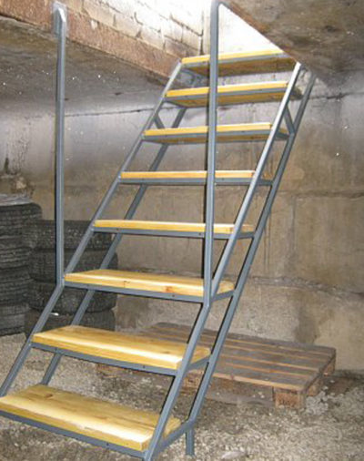 Лестница в погреб - несколько вариантов для самостоятельного строительства