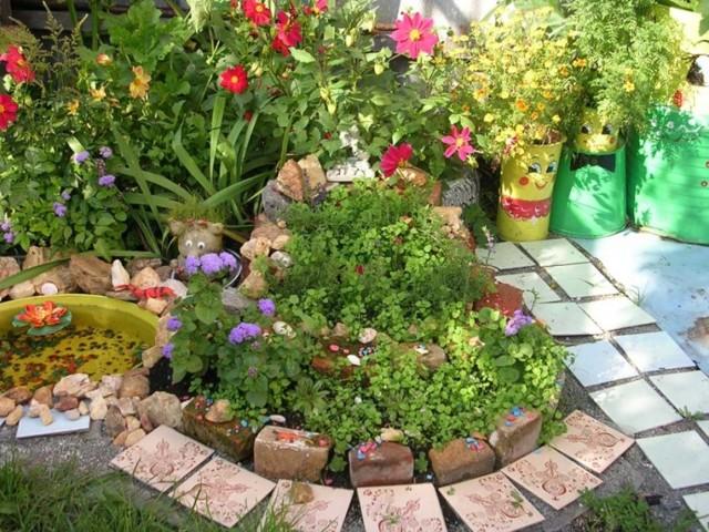Клумба своими руками - советы по благоустройству участка, самые популярные растения