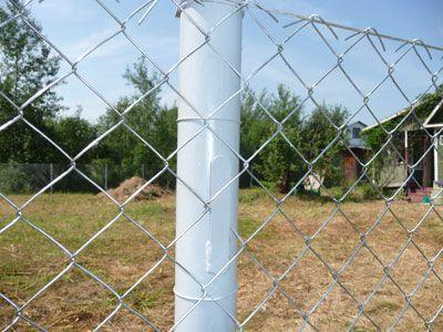 Забор из рабицы своими руками - пошаговая инструкция