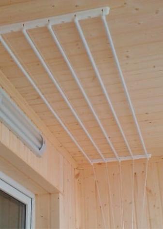 Потолочная сушилка для белья на балкон - как выбрать подходящую?