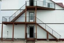 Как сделать складную лестницу на конек крыши - рассматриваем варианты