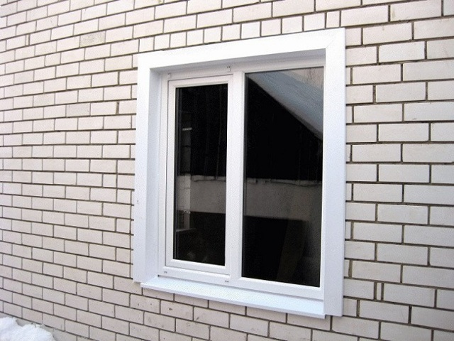 Наличники на пластиковые окна - разновидности и способы монтажа