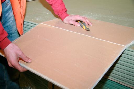 Как выровнять стены своими руками - инструкция, рейтинг 5 лучших производителей гипсокартона