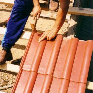 Монтаж металлочерепицы своими руками - пошаговая инструкция