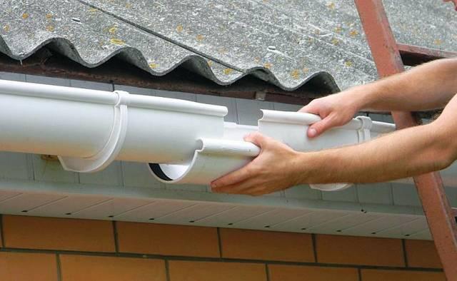 Как установить водостоки если крыша уже покрыта - рассматриваем варианты монтажа, как установить правильно