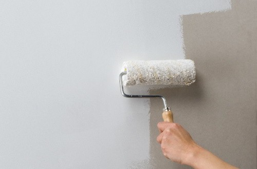 Чем обработать стены перед поклейкой обоев - этапы подготовки и обработка стен грунтовкой