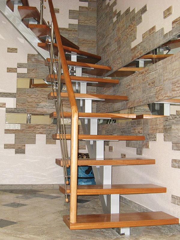Лестница из профильной трубы своими руками: чертежи и пошаговый монтаж