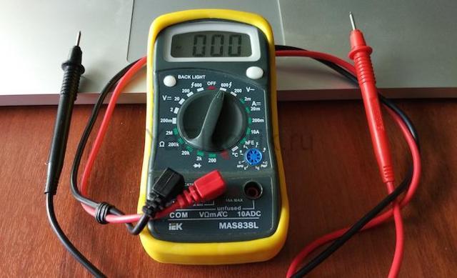 Как пользоваться мультиметром - учимся проводить измерения с подробной инструкция
