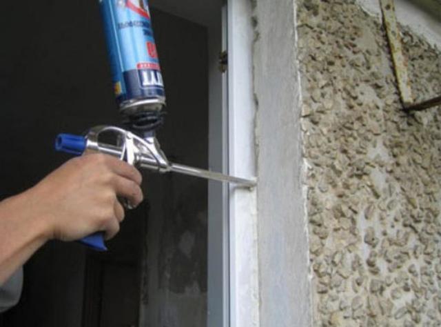 Установка входной двери своими руками - инструкция