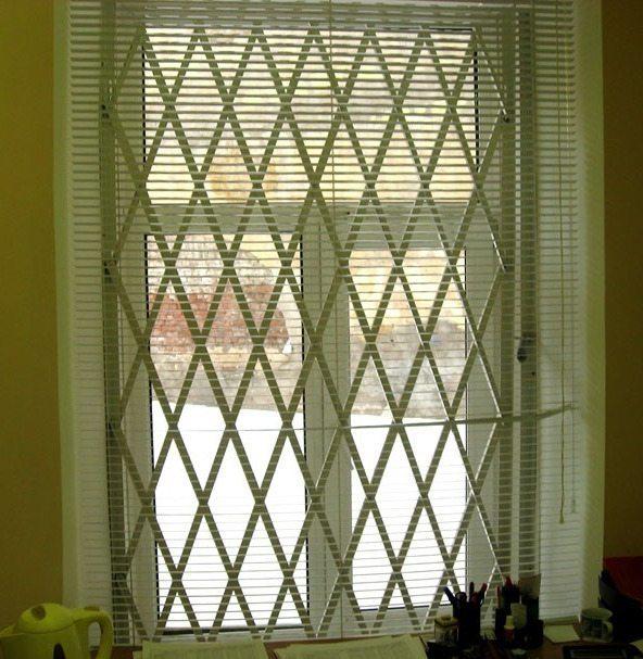 Как сделать решетку на окна - общие рекомендации и две пошаговых инструкции