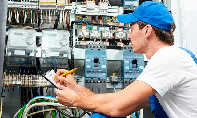 Какой счетчик электроэнергии лучше поставить в квартире - обзор моделей однотарифных и многотарифных счетчиков