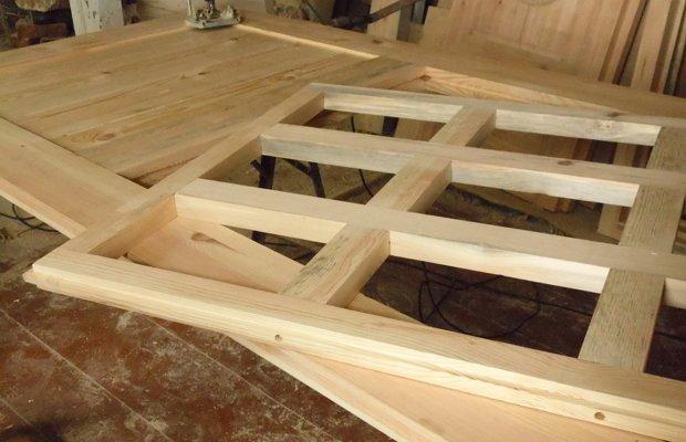 Дверь в баню своими руками - делаем двери пошагово из доски: ТОП-5 основных типов древесины для пиломатериалов