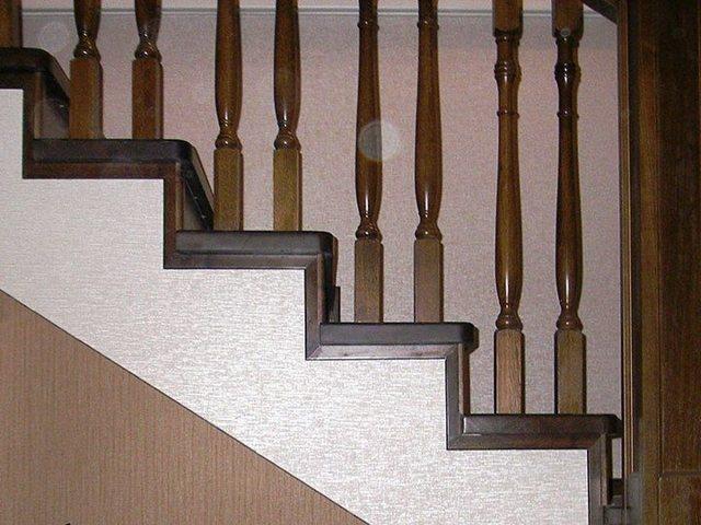 Отделка бетонной лестницы деревом - как выполнить самостоятельно